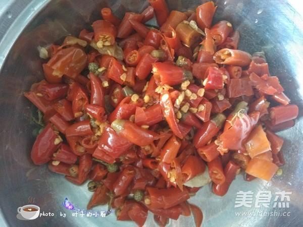 盐酸菜煮黄蜡丁的简单做法