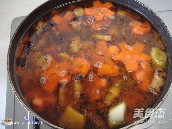 胡萝卜红烧肉怎么炖