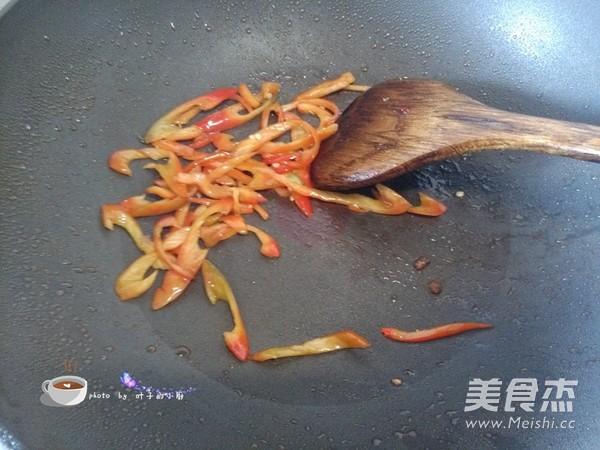 菜花炒肉怎么煮