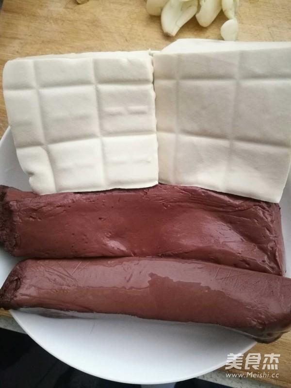 猪血豆腐的做法大全