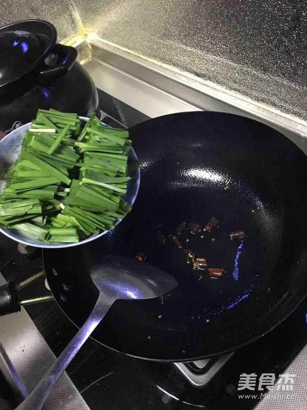 韭菜鸡蛋怎么做