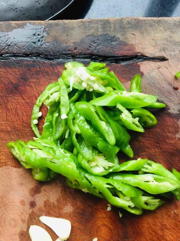 能吃两碗米饭的尖椒猪肝的做法图解