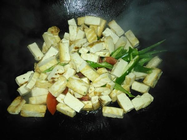 辣椒炒豆腐的家常做法