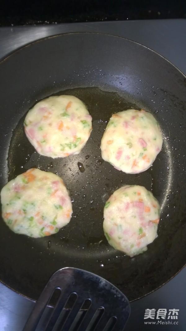 田园土豆蔬菜饼怎么吃