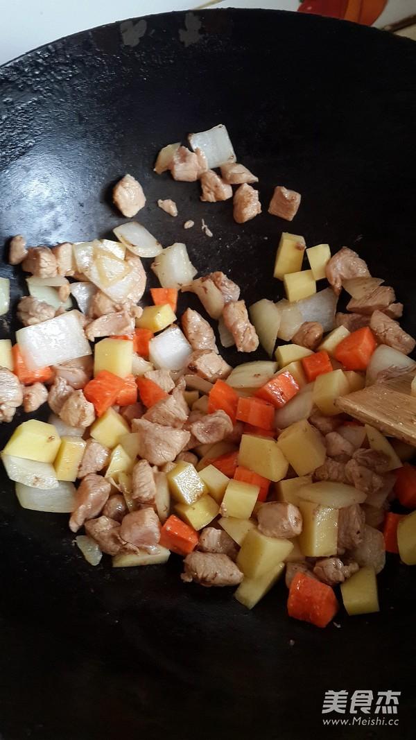鸡肉咖喱猪排饭的简单做法