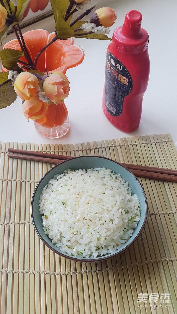 简单又美味葱花炒饭怎么吃