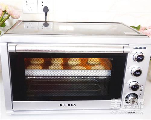 传统经典美食老婆饼的做法大全