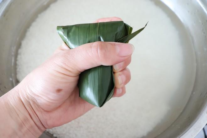 咸蛋黄肉粽&传统红枣粽怎样煸