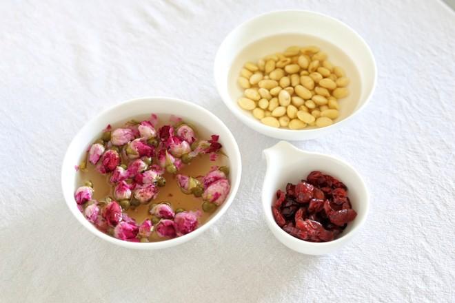 玫瑰蔓越莓豆乳蛋糕卷的做法大全
