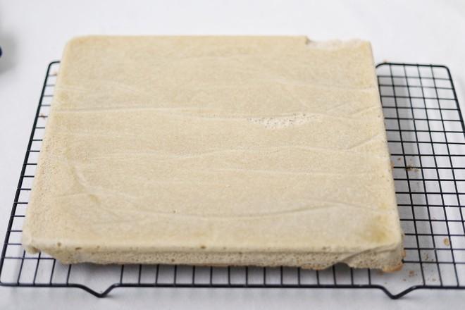 玫瑰蔓越莓豆乳蛋糕卷的制作方法