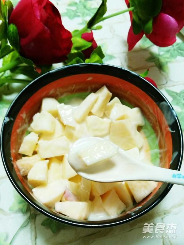 苹果酸奶沙拉成品图