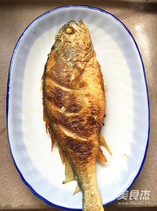 腌菜烧大黄鱼怎么做
