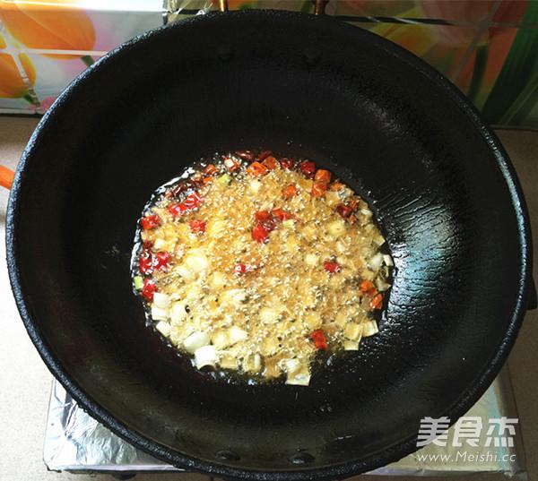 腌菜烧大黄鱼怎么炒