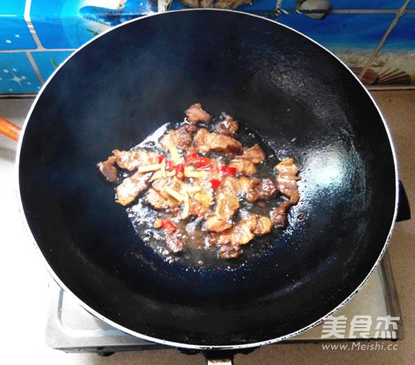 腊肉炒熏干怎么吃