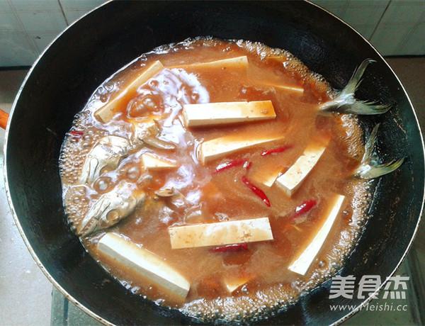 酱焖鲅鱼豆腐怎样炒