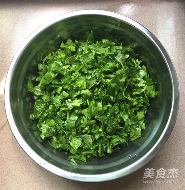 芹菜叶煎饼的家常做法