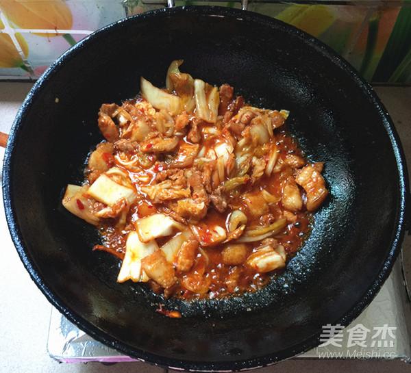 五花肉炒辣白菜盖饭怎么煸