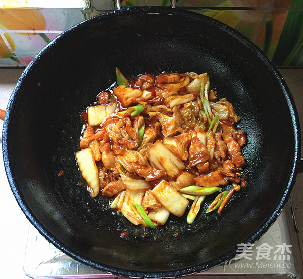 五花肉炒辣白菜盖饭怎样炒