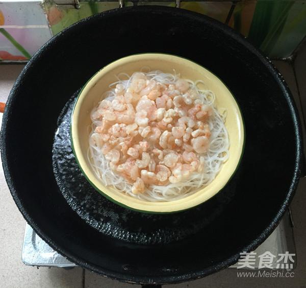 龙口粉丝蒸虾仁怎么炒