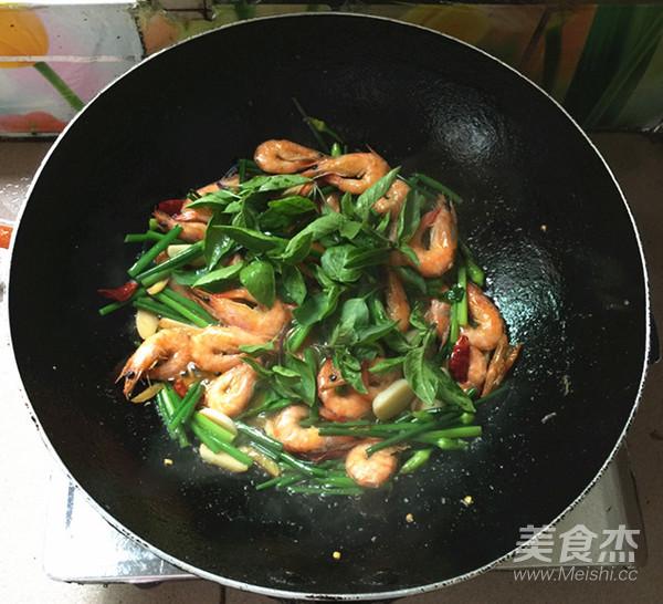 韭菜苔烧海虾怎样炒