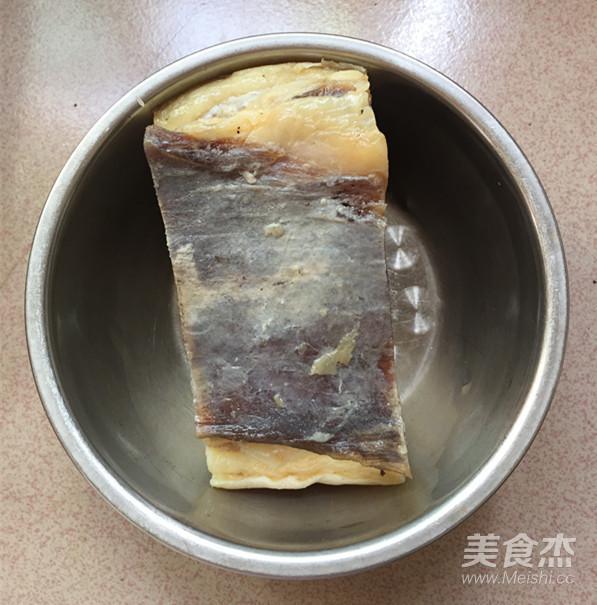 红皮萝卜焖腊猪腿肉的做法大全
