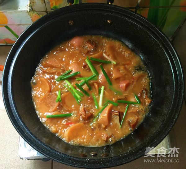 红皮萝卜焖腊猪腿肉怎样煮