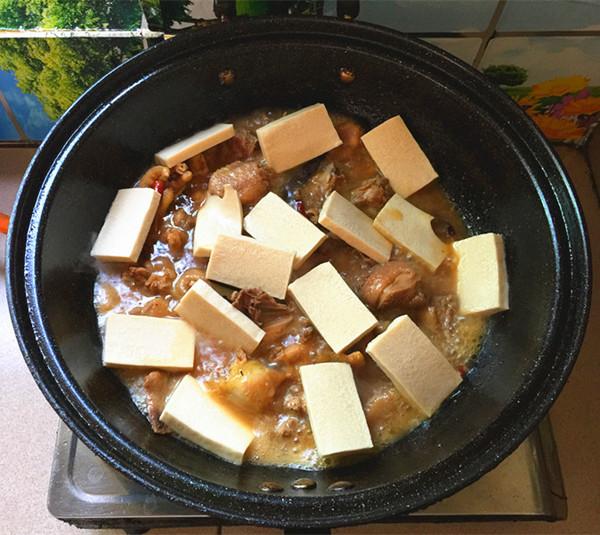 千页豆腐烧土鸡公怎样炖
