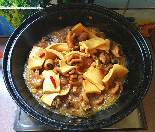 千页豆腐烧土鸡公的制作方法