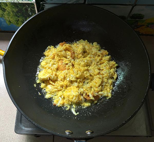 银鱼煎蛋怎样炒