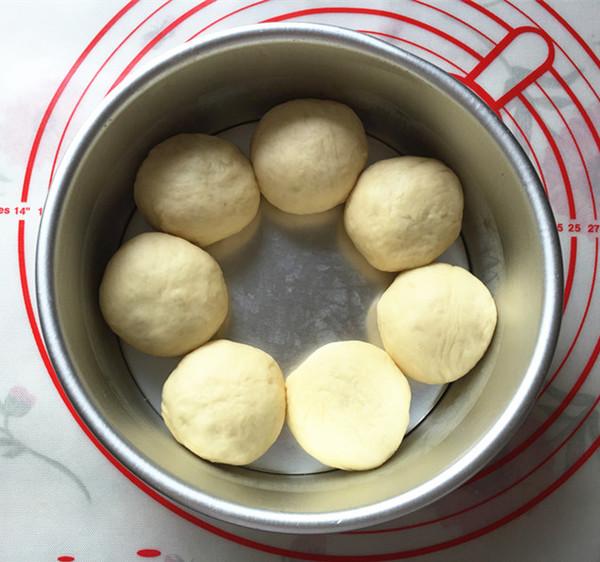 蜜豆花朵面包怎样做