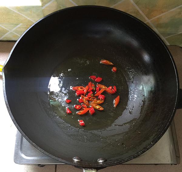 芹菜干煸虾怎么炒