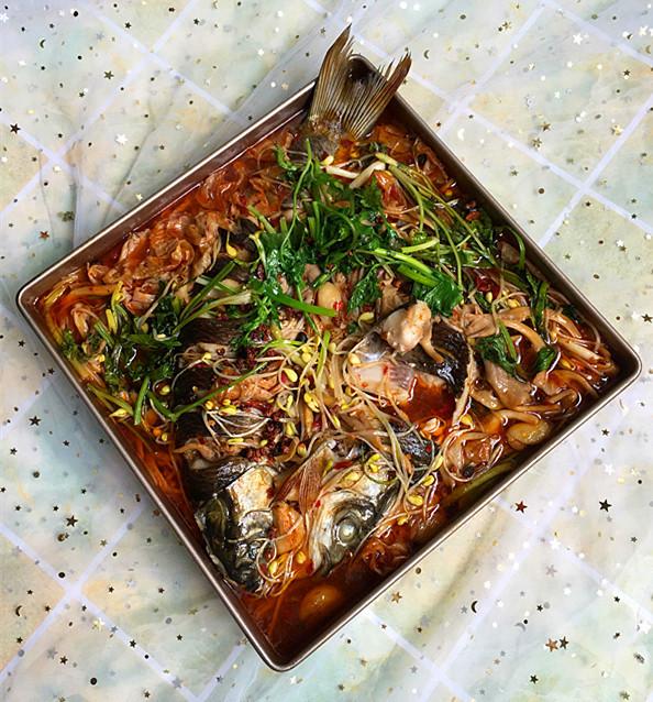 麻辣烤草鱼成品图