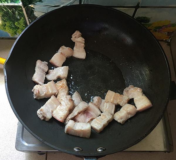 油豆角焖烧五花肉怎么做