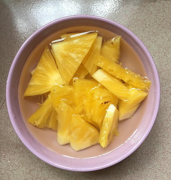 菠萝肉片怎么吃