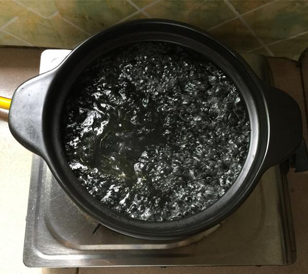 红极参瘦肉砂锅粥的简单做法