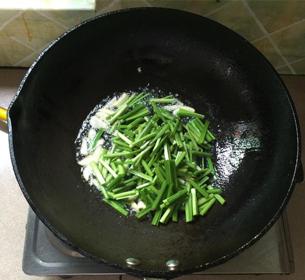 黄豆芽炒韭菜怎么吃