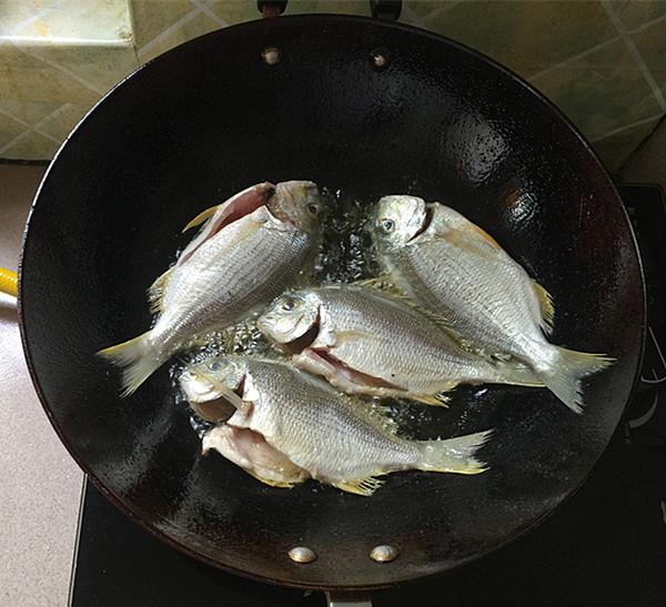 酱烧海立鱼怎么做