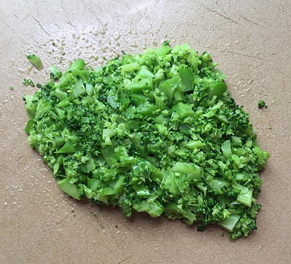 明太鱼籽海苔饭团怎么吃