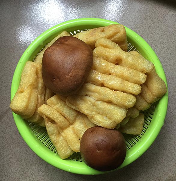 卤兰花豆干的简单做法