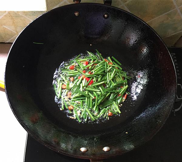 韭菜小河虾怎么煮
