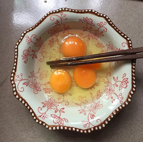 银鱼蒸蛋羹的家常做法