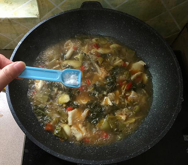 酸菜鲈鱼怎样炒