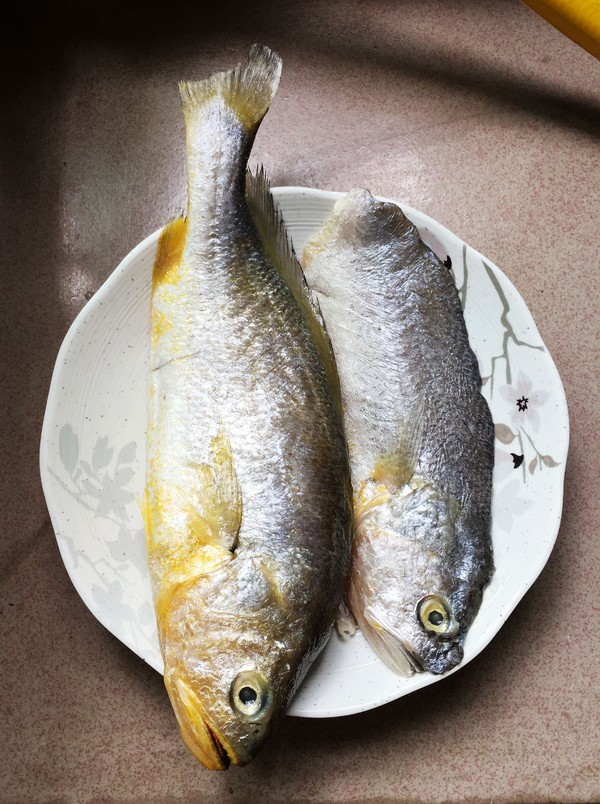 酱油水烧黄鱼的做法大全