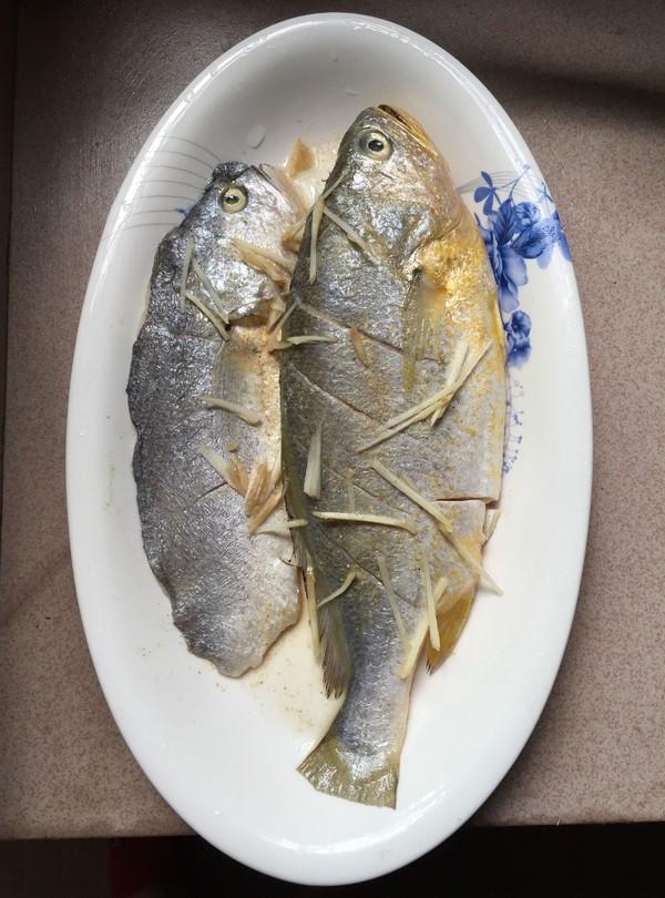 酱油水烧黄鱼的做法图解