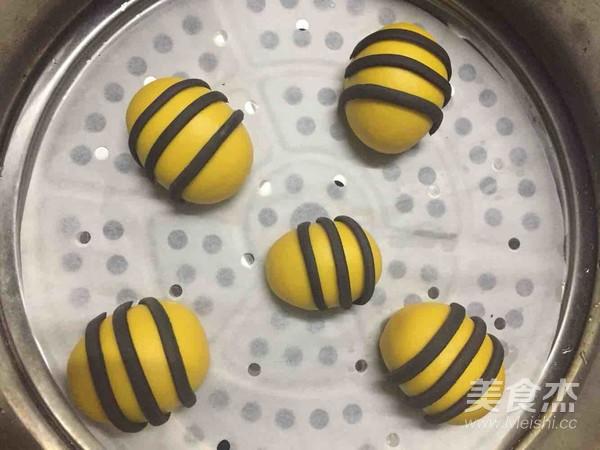 小蜜蜂馒头怎样炖
