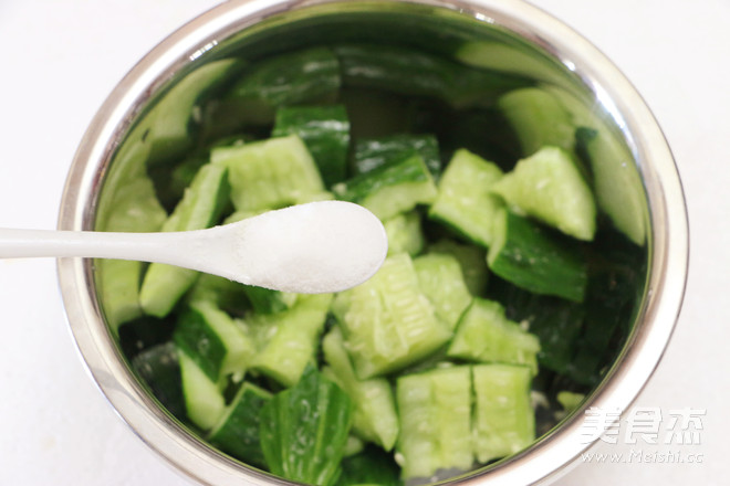 手拍黄瓜怎么吃