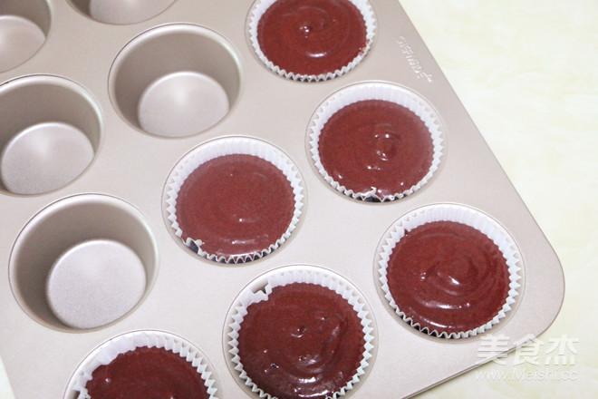 红丝绒杯子蛋糕怎样炖
