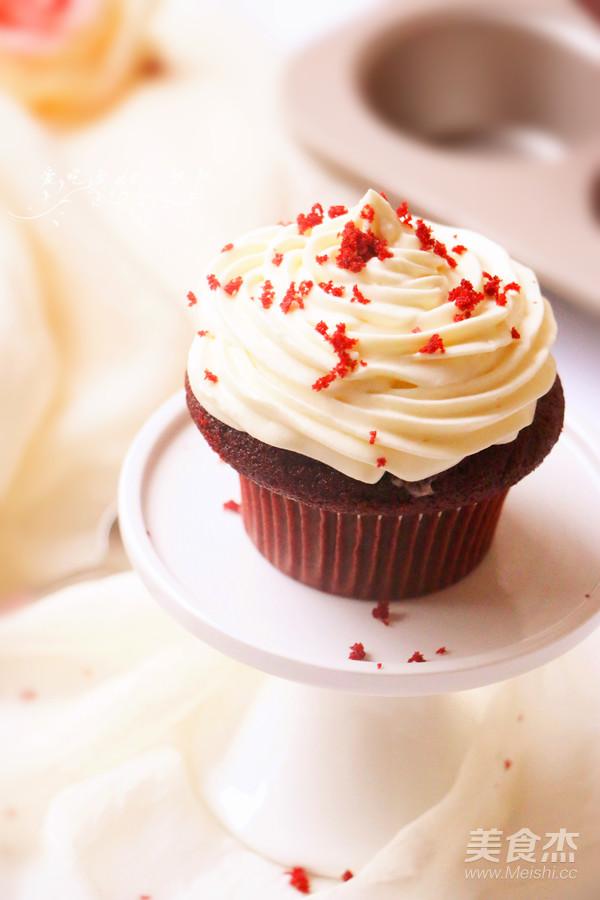红丝绒杯子蛋糕的做法大全