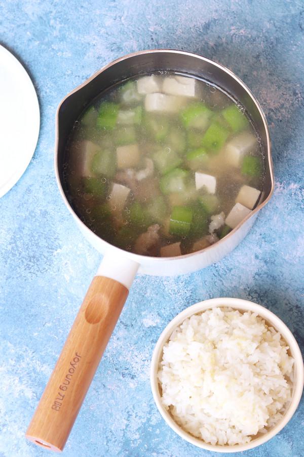 丝瓜香菇肉片汤怎样炖