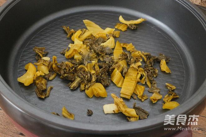 麻辣酸菜鱼片火锅的做法图解